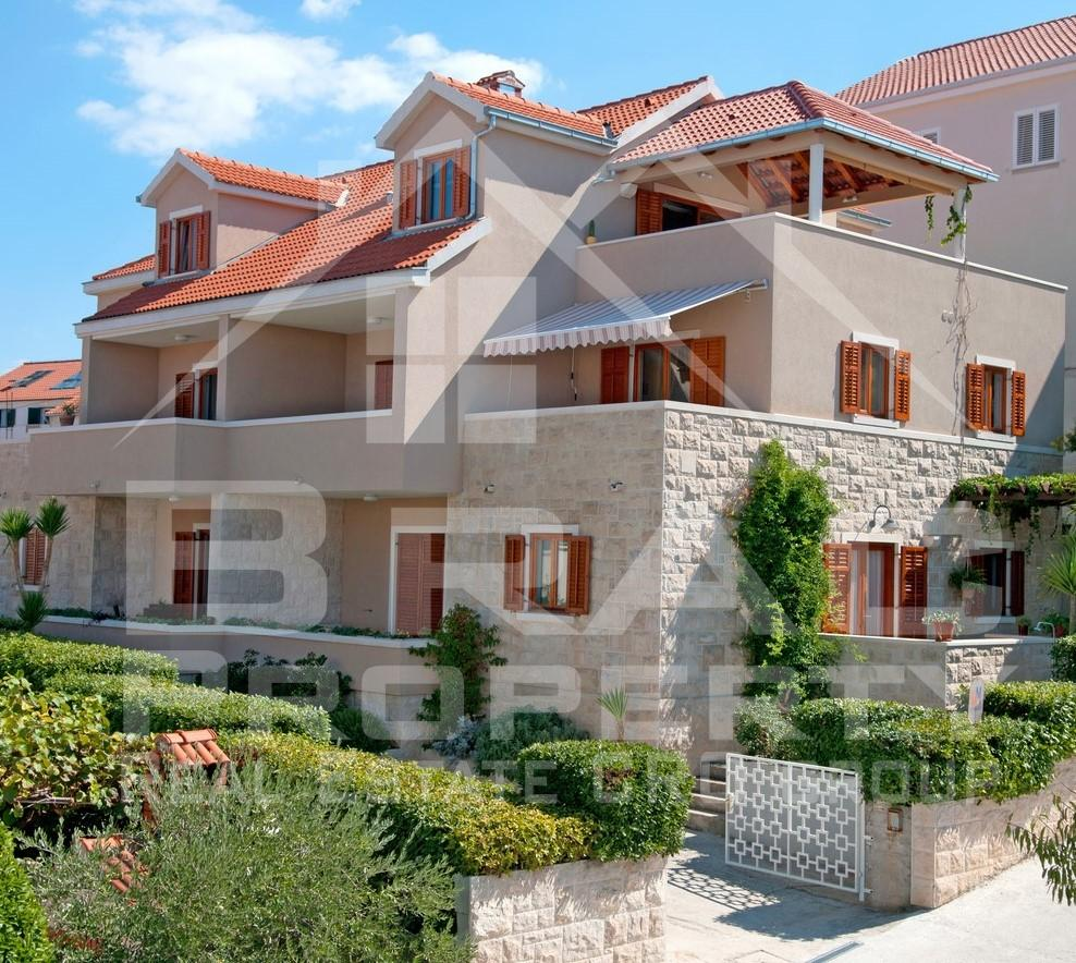 Apartment House With A Beautiful Sea View For Sale, Brac
